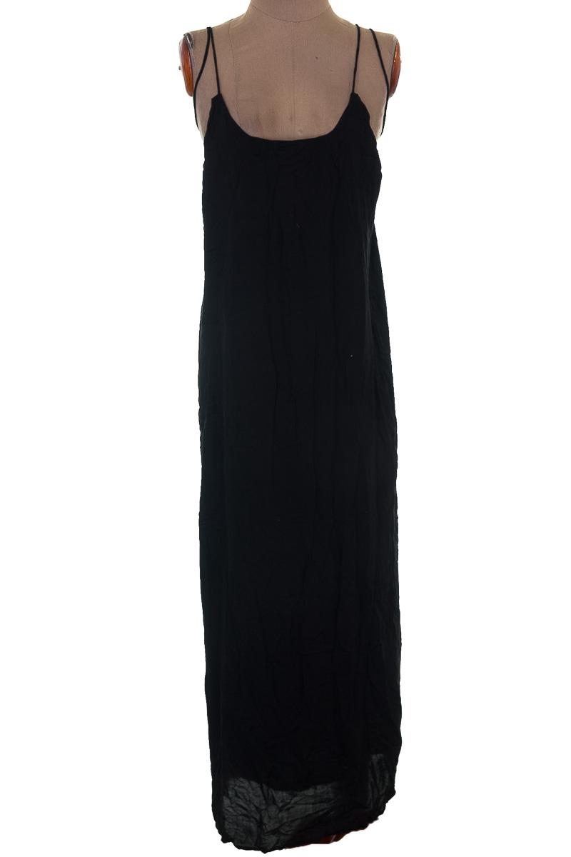 Vestido / Enterizo Fiesta color Negro - Indah