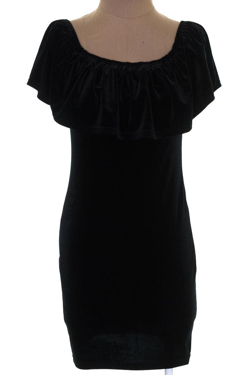 Vestido / Enterizo Casual color Negro - San Joy