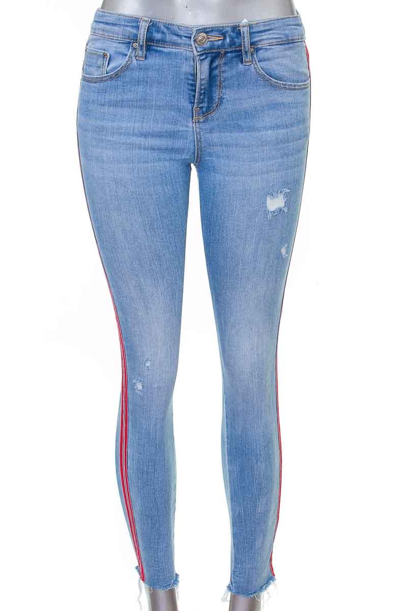 Pantalón Jeans color Azul - Stradivarius