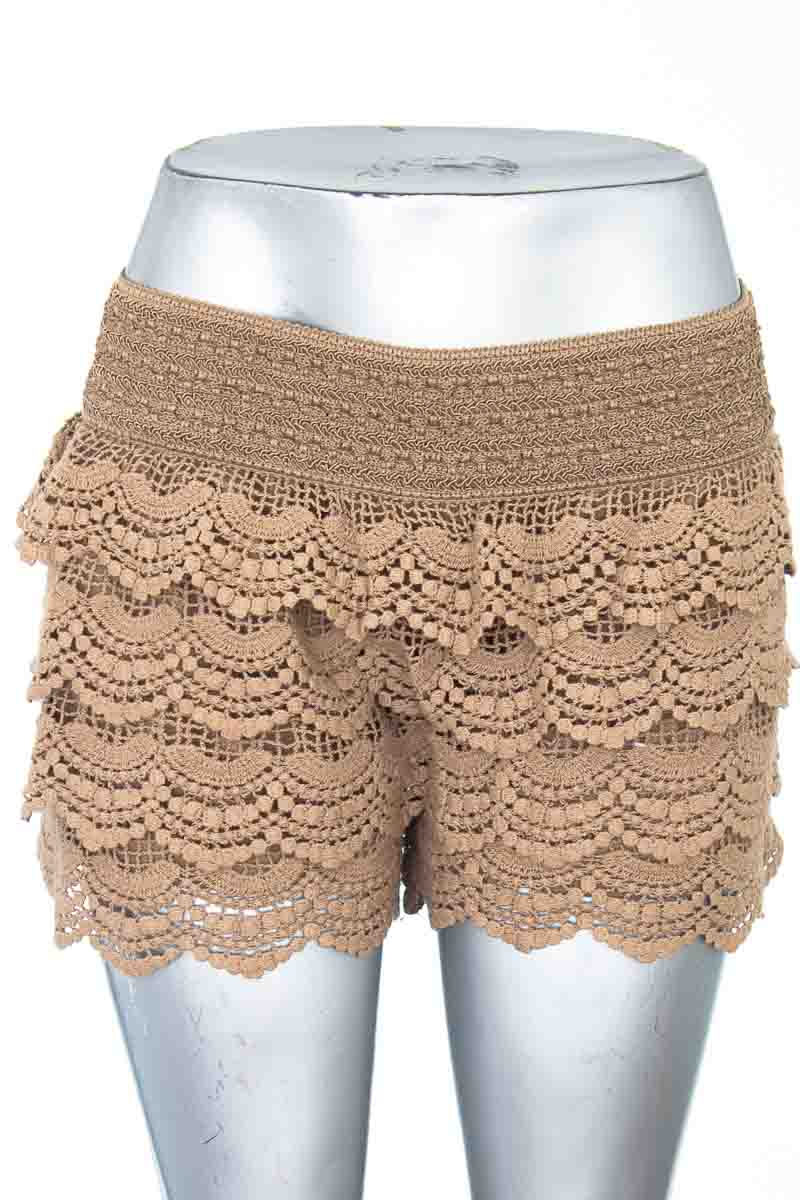 Short Casual color Beige - Young Fashion