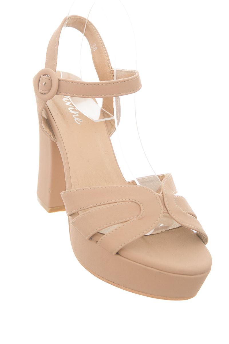 Zapatos color Rosado - Divine