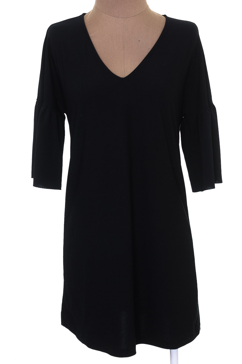 Vestido / Enterizo Casual color Negro - MNG