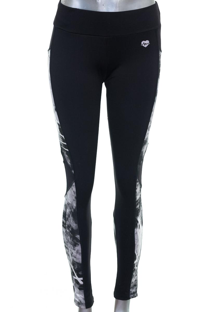 Ropa Deportiva / Salida de Baño Pantalón Deportivo color Negro - Dakota