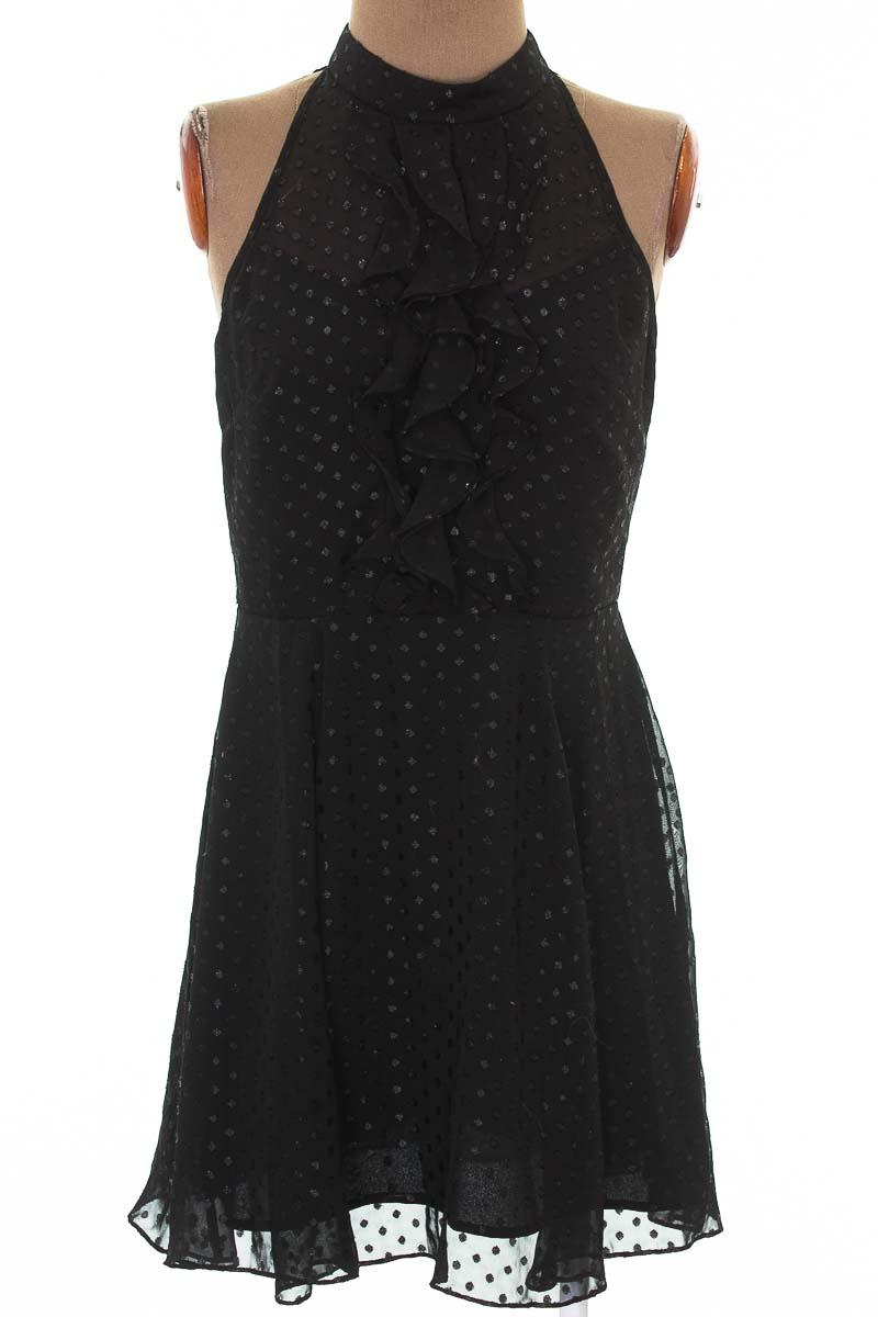Vestido / Enterizo Casual color Negro - BCBG