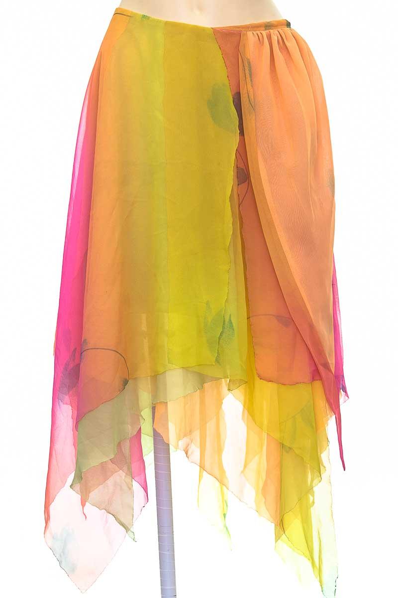 Falda color Naranja - Closeando