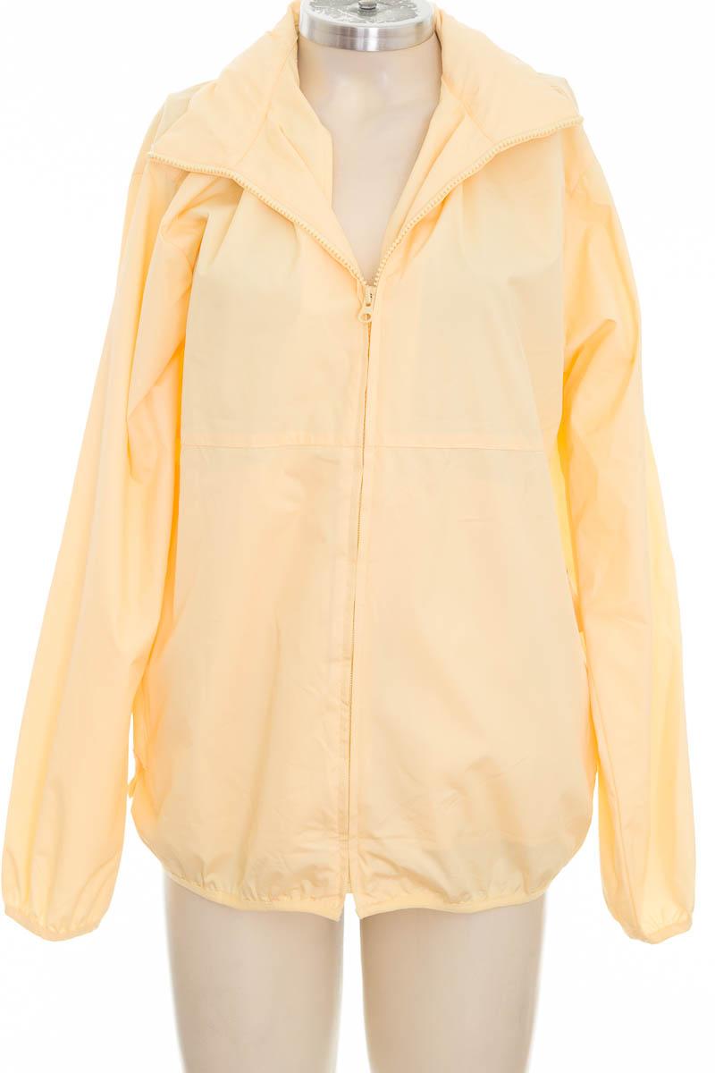 Chaqueta / Abrigo color Amarillo - Izod