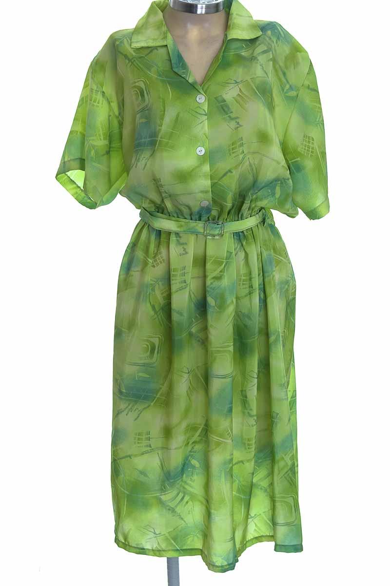 Vestido / Enterizo color Verde - Closeando