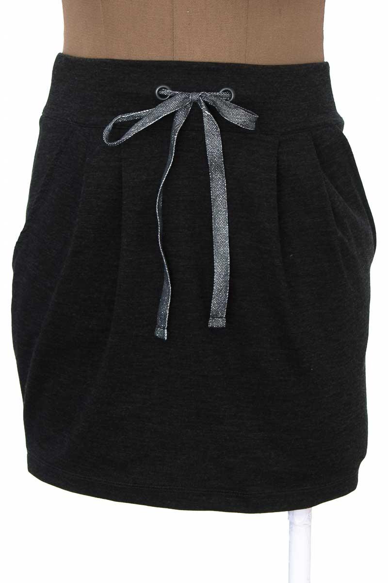 Falda Casual color Gris - Closeando