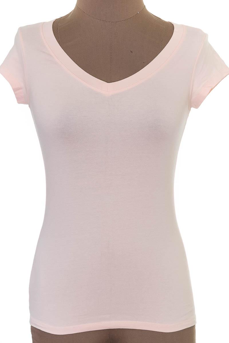 Top / Camiseta color Rosado - Arkitect