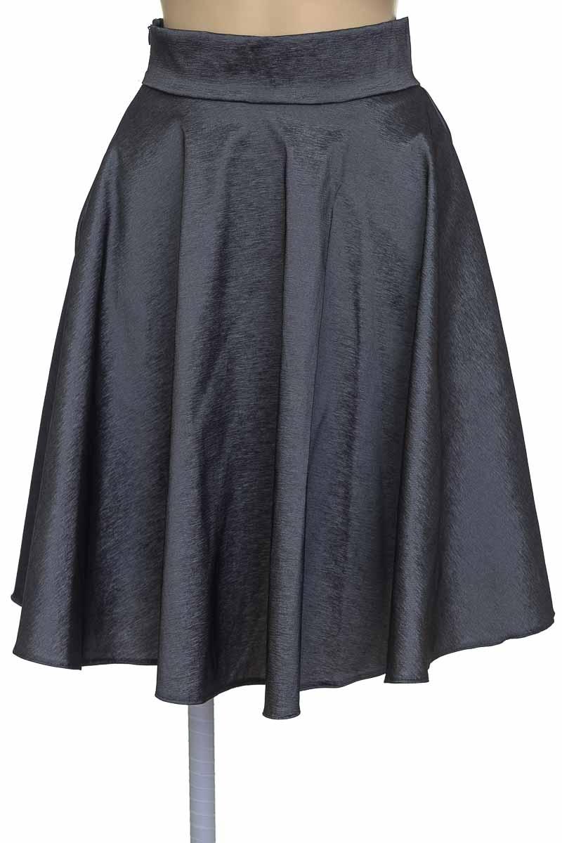 Falda color Plateado - Closeando