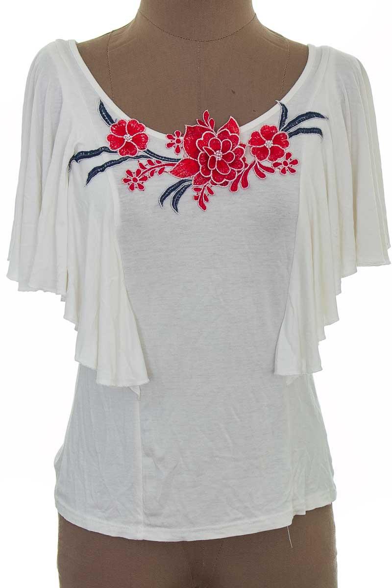 Blusa color Blanco - SUYE