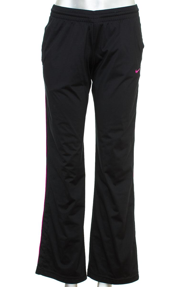 Ropa Deportiva/Salidas de Baño Pantalón Deportivo color Negro - Nike