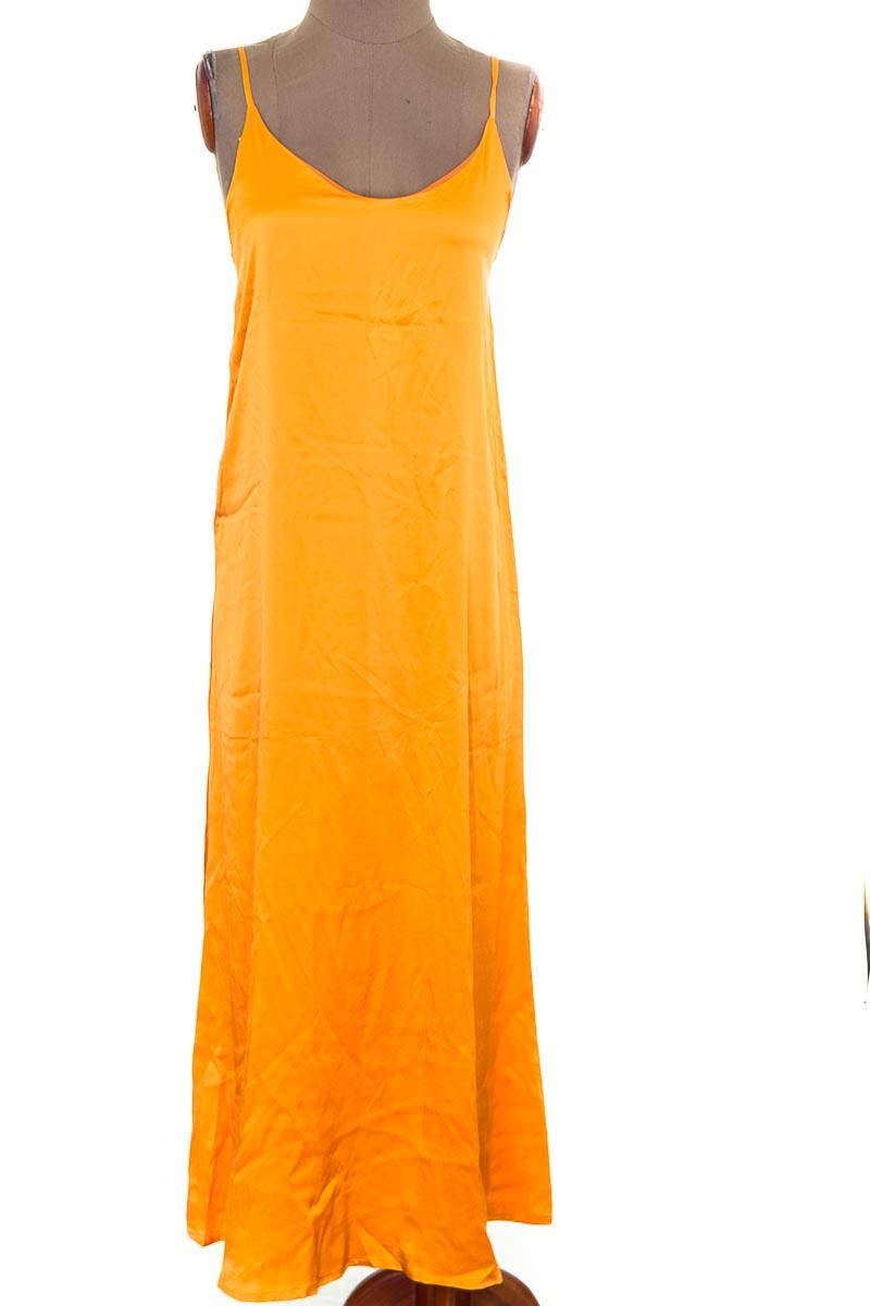 Vestido / Enterizo Casual color Naranja - Closeando