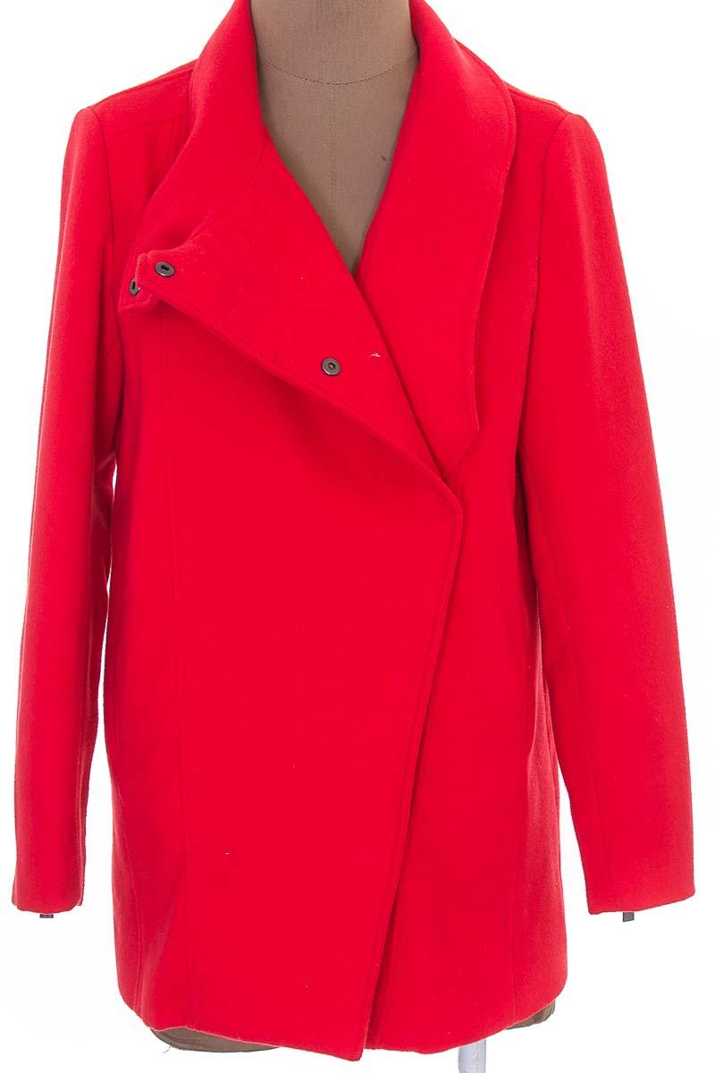 Chaqueta / Abrigo color Rojo - MNG