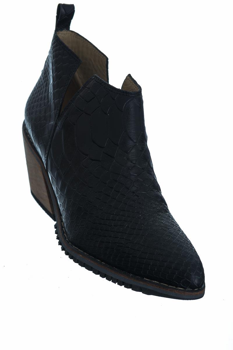Zapatos color Negro - Jireh
