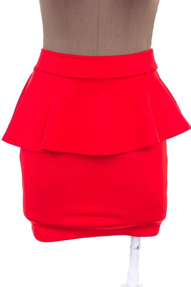 Falda color Rojo - BEBE