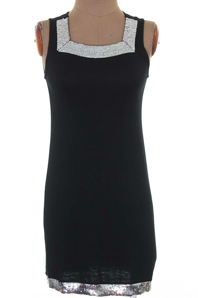 Vestido / Enterizo Casual color Negro - Blush