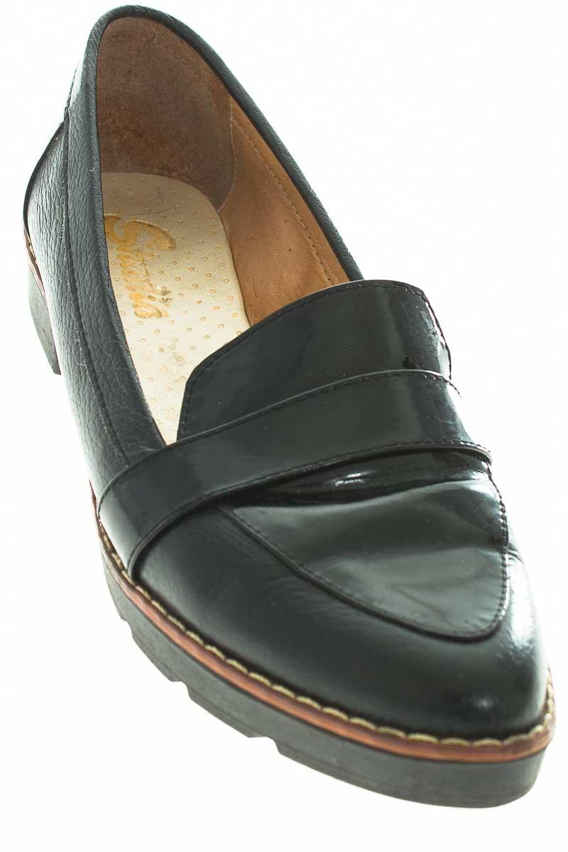 Zapatos Tenis color Negro - Shadia