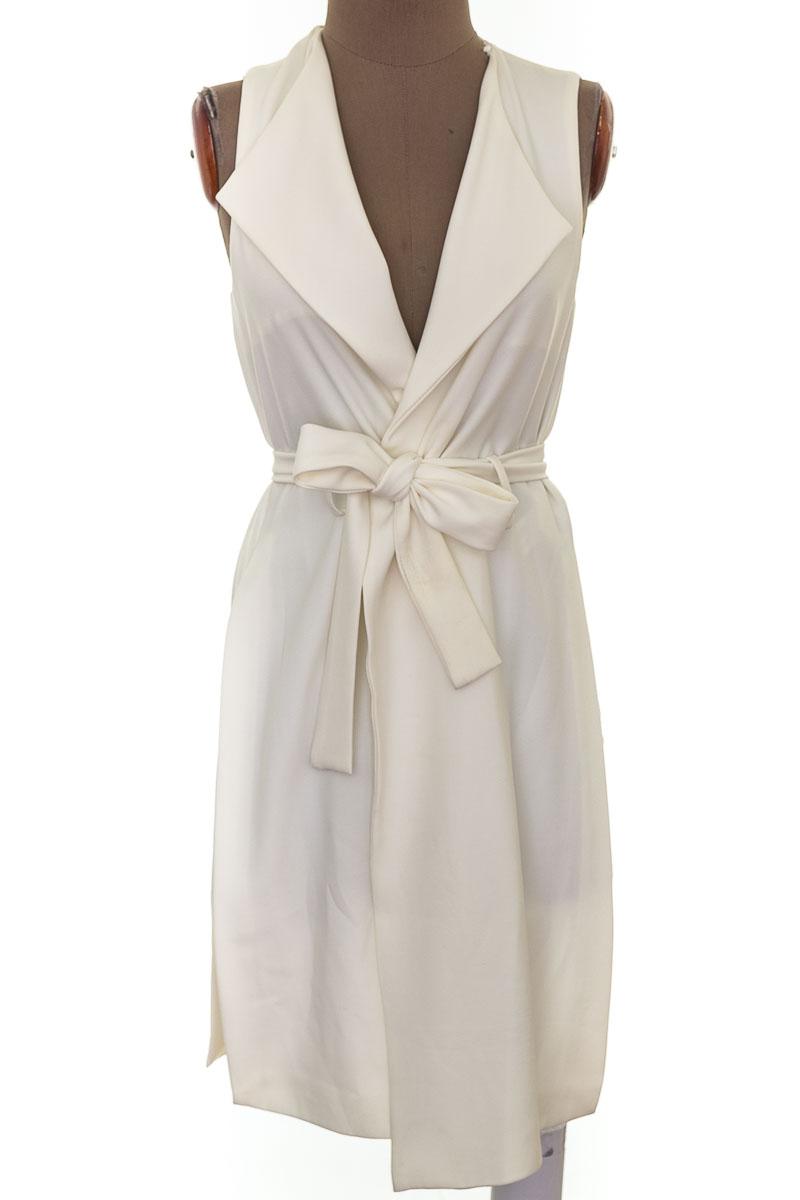 Chaqueta / Abrigo color Blanco - Zara