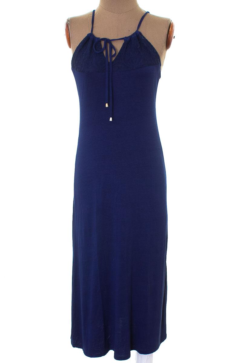 Vestido / Enterizo Casual color Azul - Tinta Collection