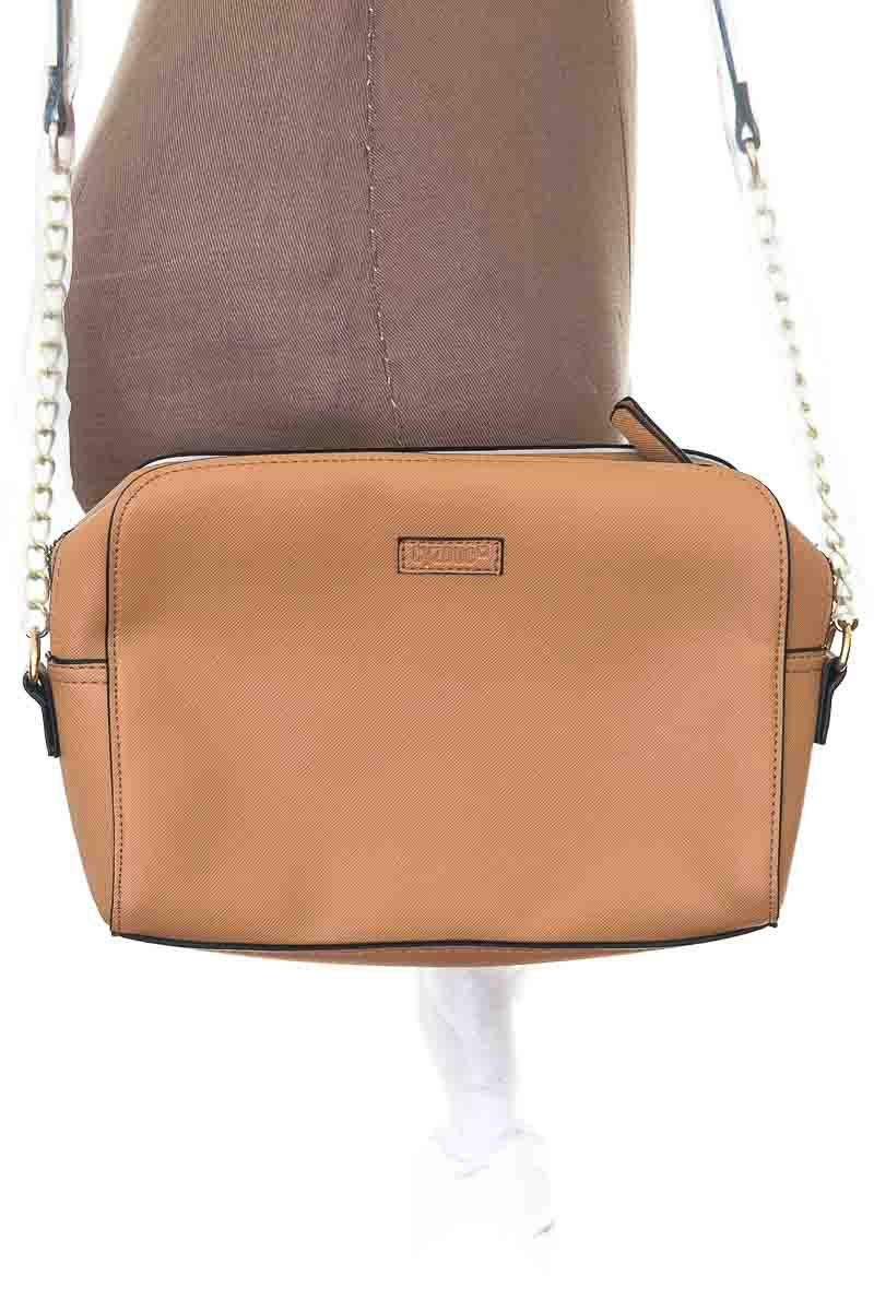 Cartera / Bolso / Monedero color Beige - Cyzone