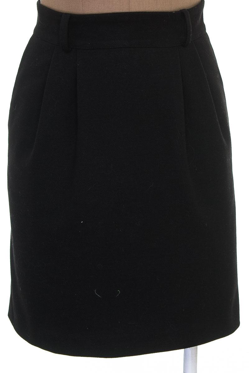 Falda Elegante color Negro - Taller de Modas Santa Barbara