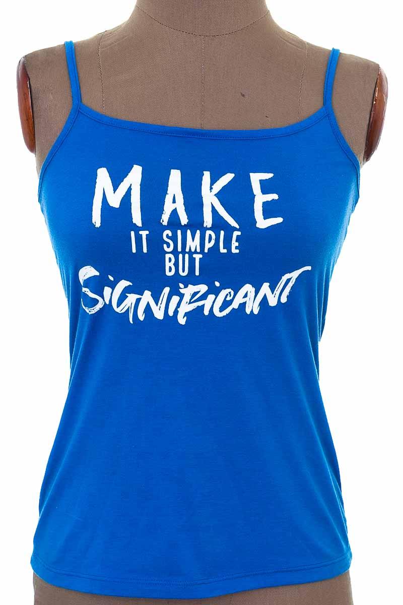 Top / Camiseta color Azul - Arkitect