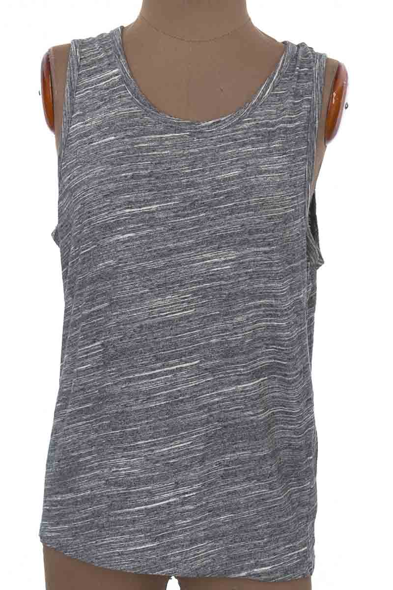 Top / Camiseta color Gris - Old Navy