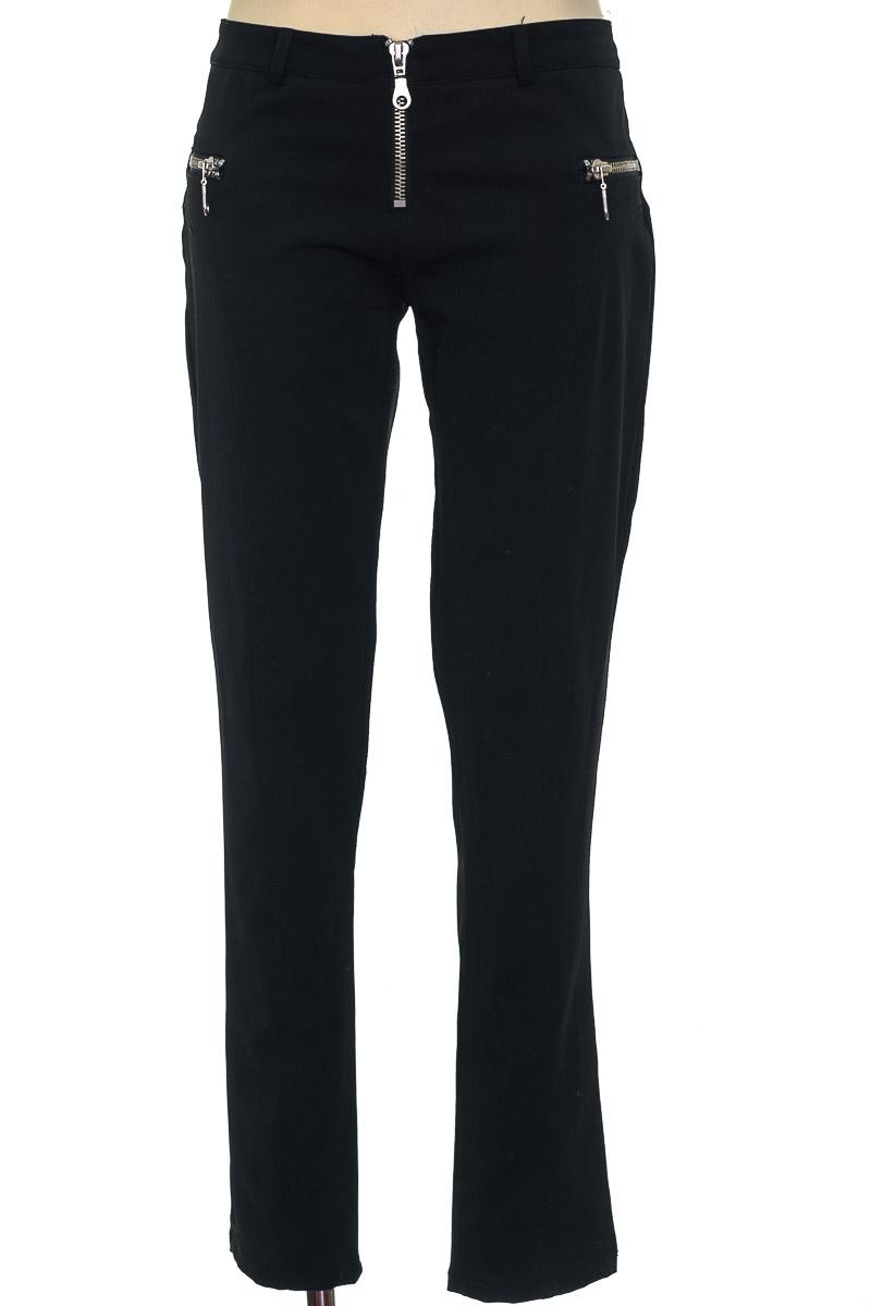 Pantalón color Negro - Studio F