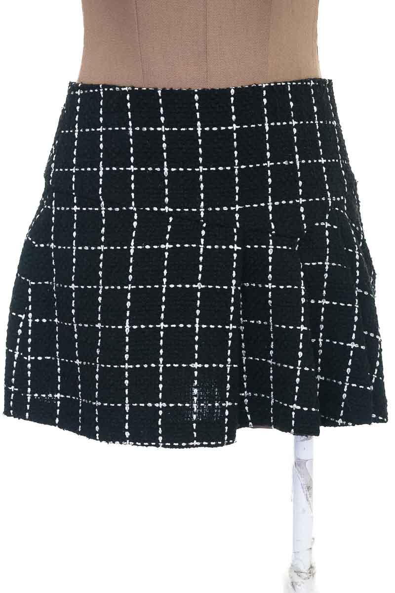 Falda Casual color Negro - BCBG