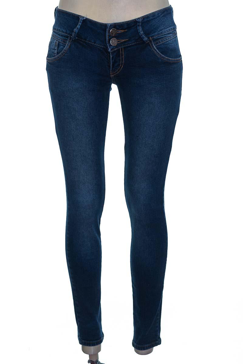 Pantalón color Azul - Americanino