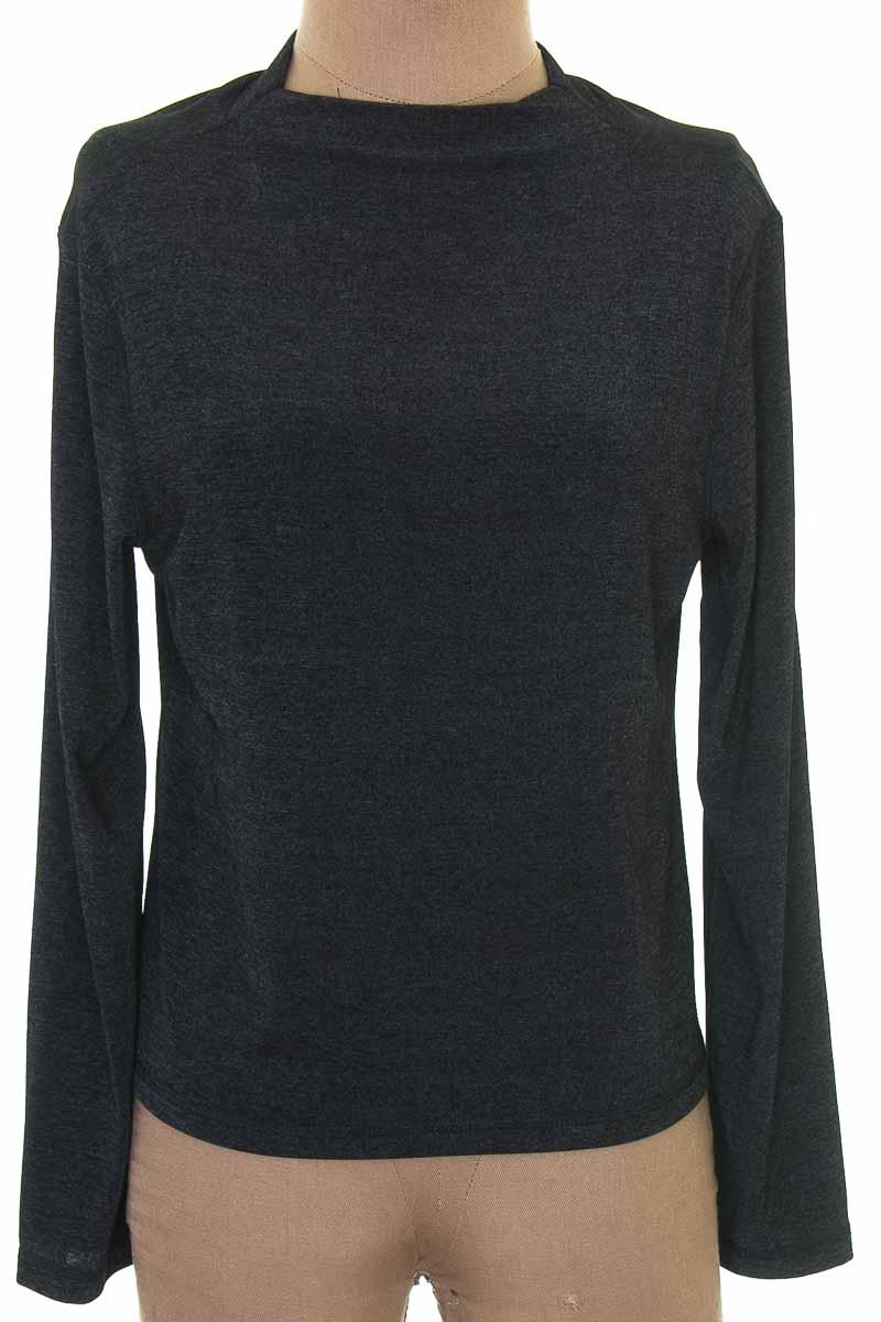 Blusa color Negro - A.X.L.