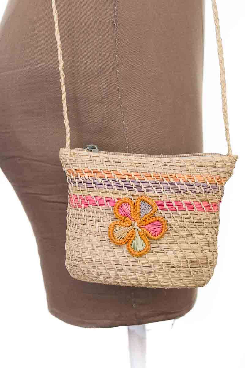 Cartera / Bolso / Monedero Cartera color Beige - Closeando
