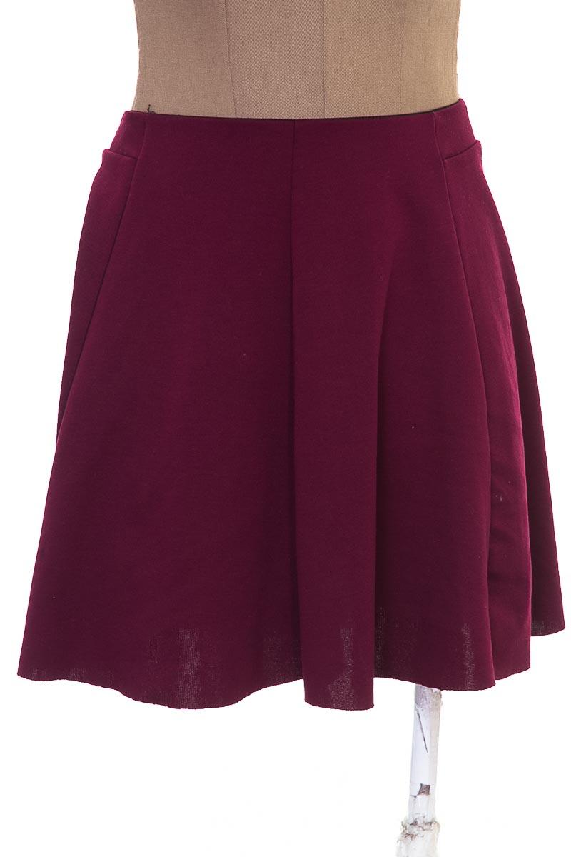 Falda Casual color Vinotinto - Bershka