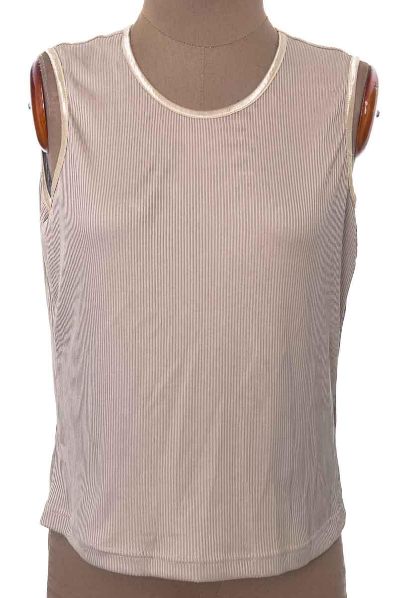 Top / Camiseta color Beige - PETITE