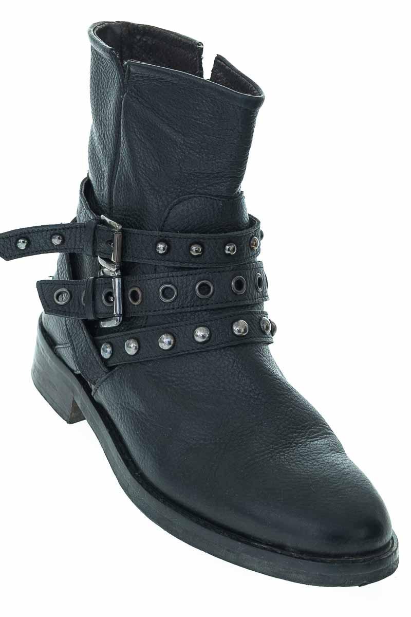 Zapatos Botín color Negro - PAOLA FERR