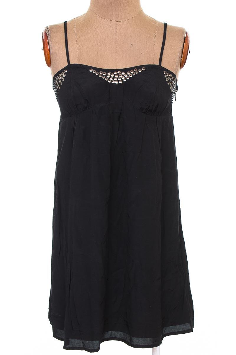 Vestido / Enterizo Casual color Negro - NAF NAF