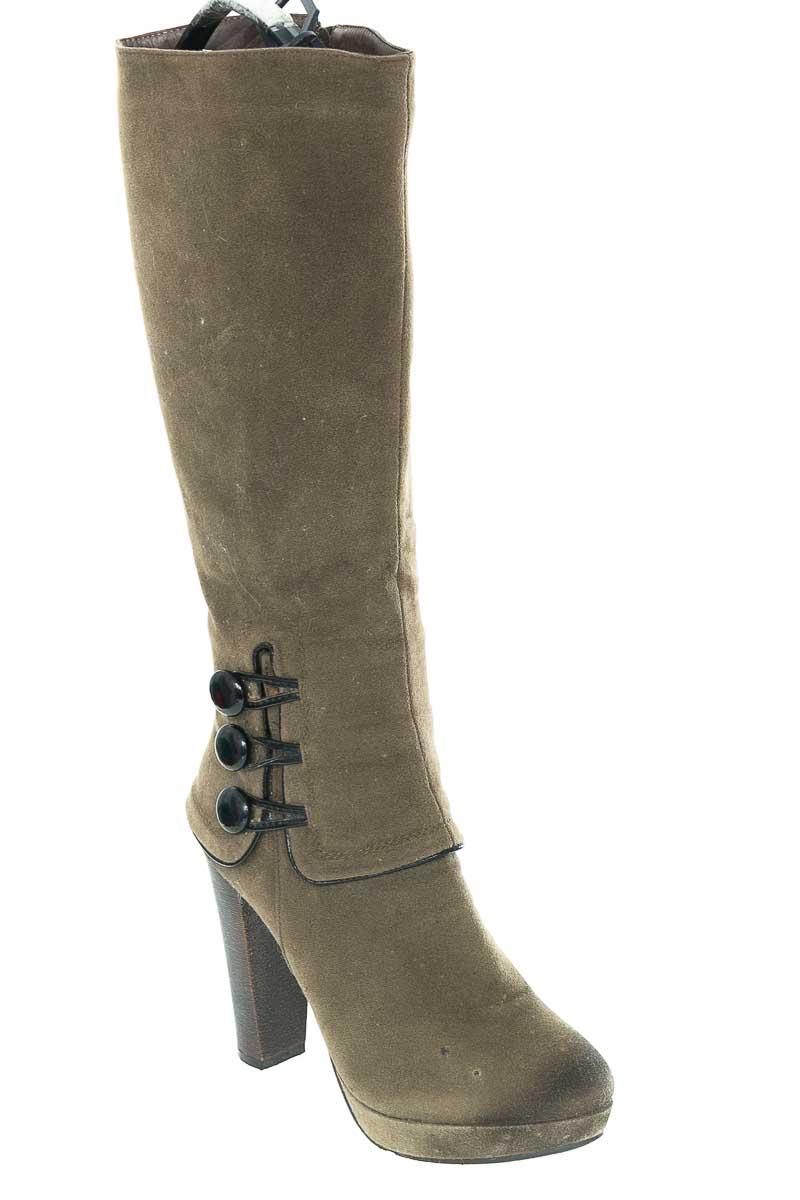 Zapatos Bota color Verde - Vía Spring