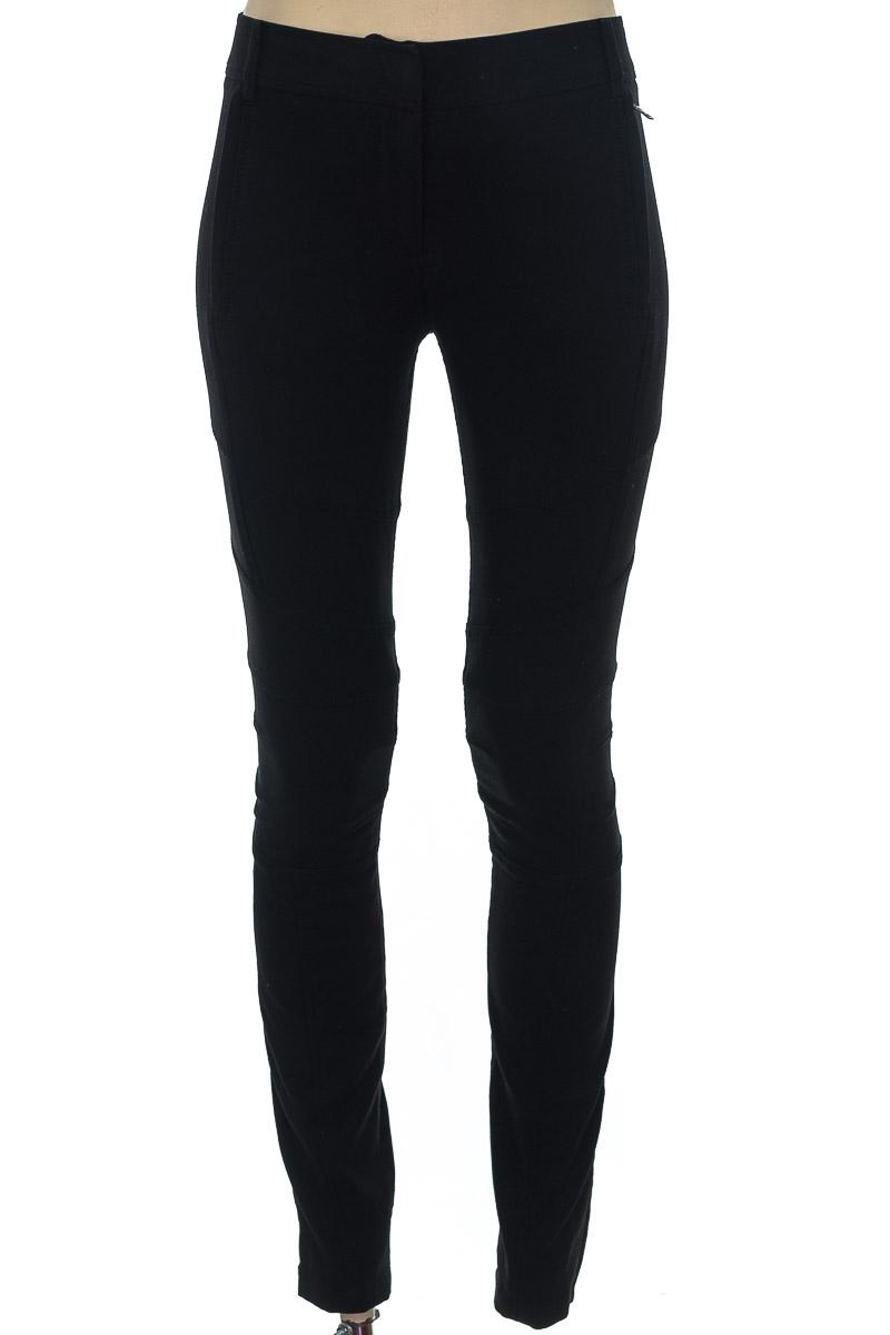 Pantalón color Negro - BCBG