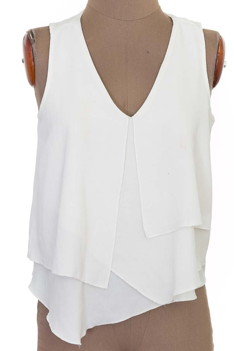 Top / Camiseta color Beige - Studio F