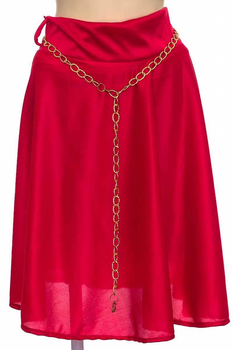 Falda color Rojo - Closeando
