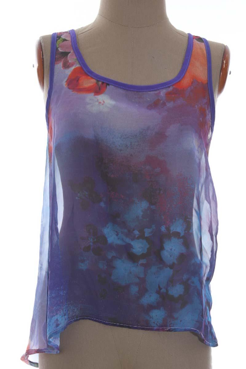 Top / Camiseta color Morado - Style