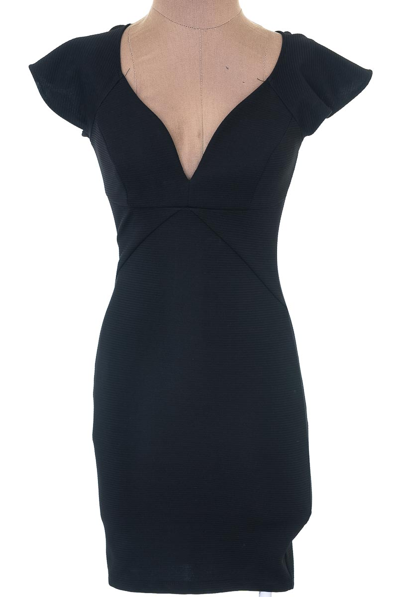 Vestido / Enterizo color Negro - Studio F