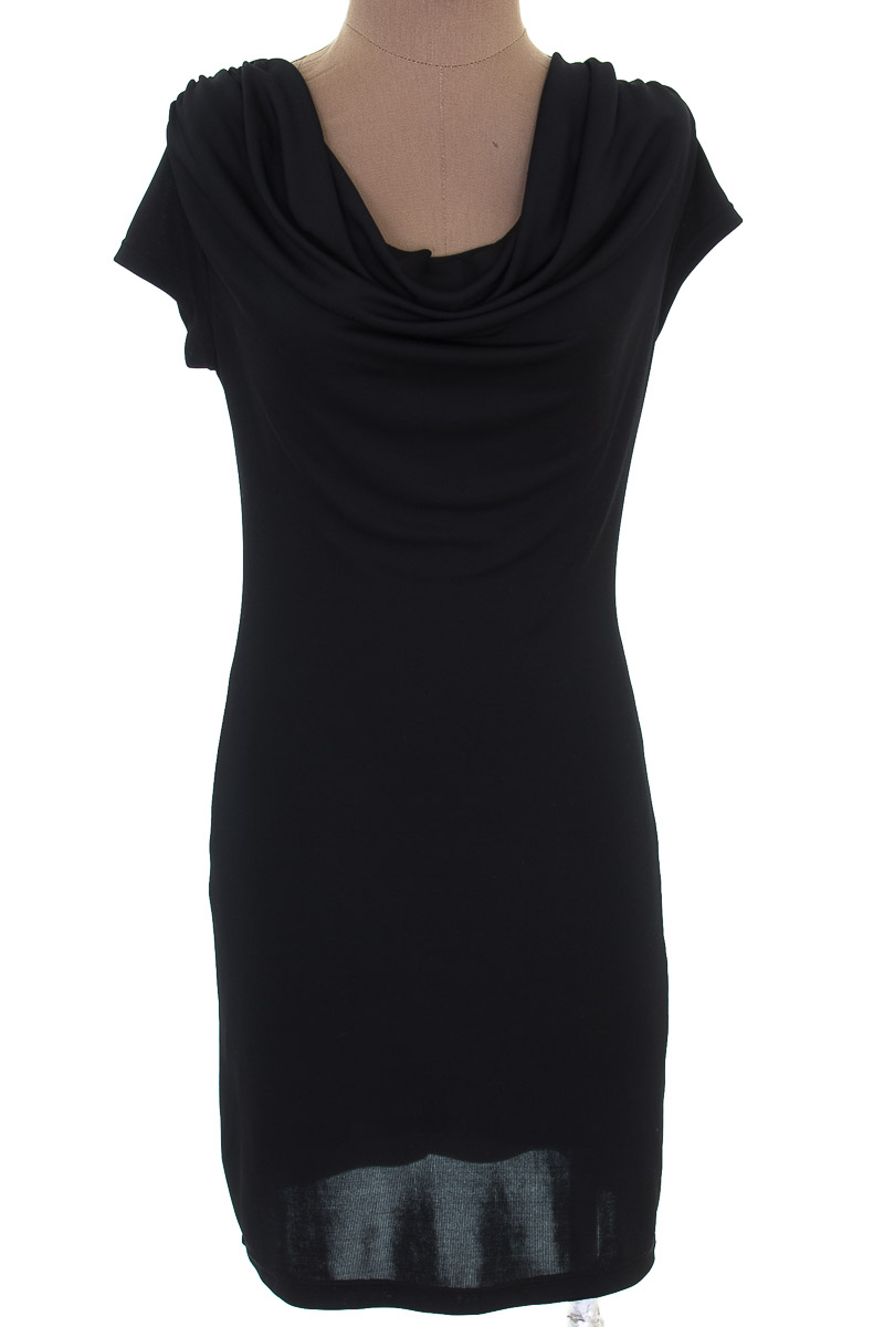 Vestido / Enterizo Casual color Negro - Studio F