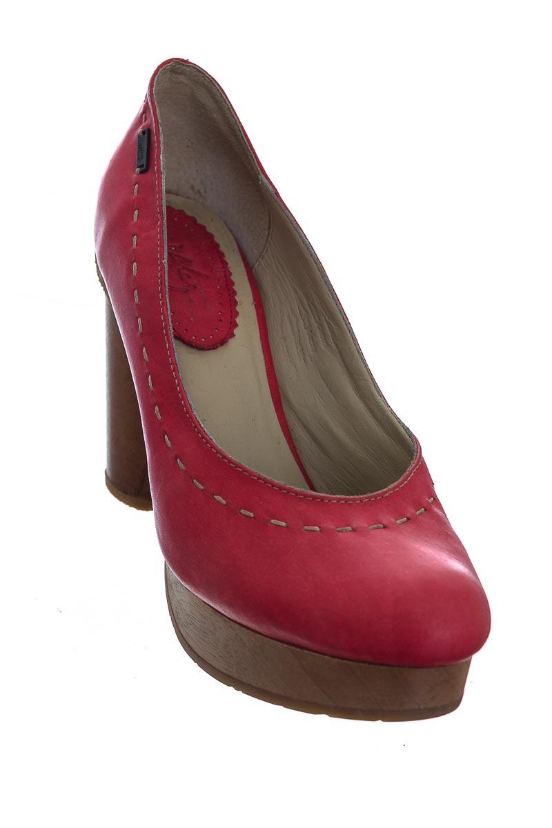 Zapatos color Rojo - Vélez