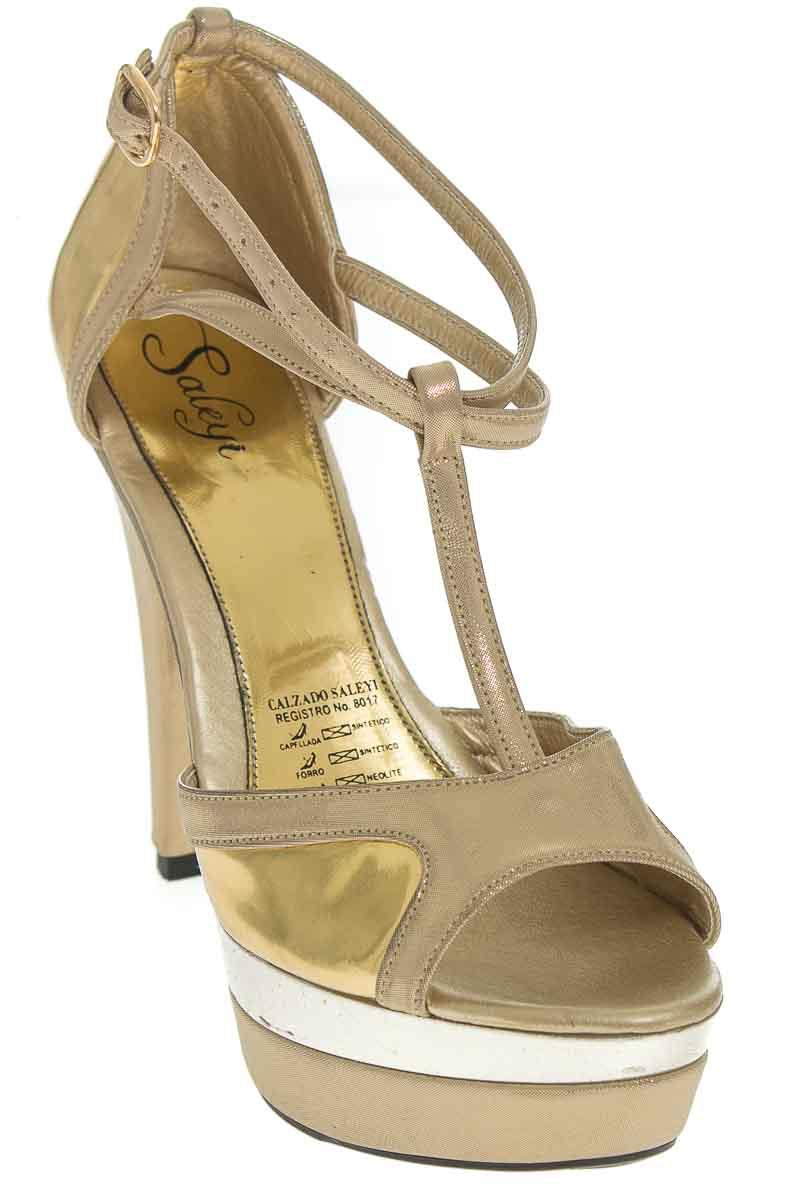 Zapatos Sandalia color Dorado - Saleyi