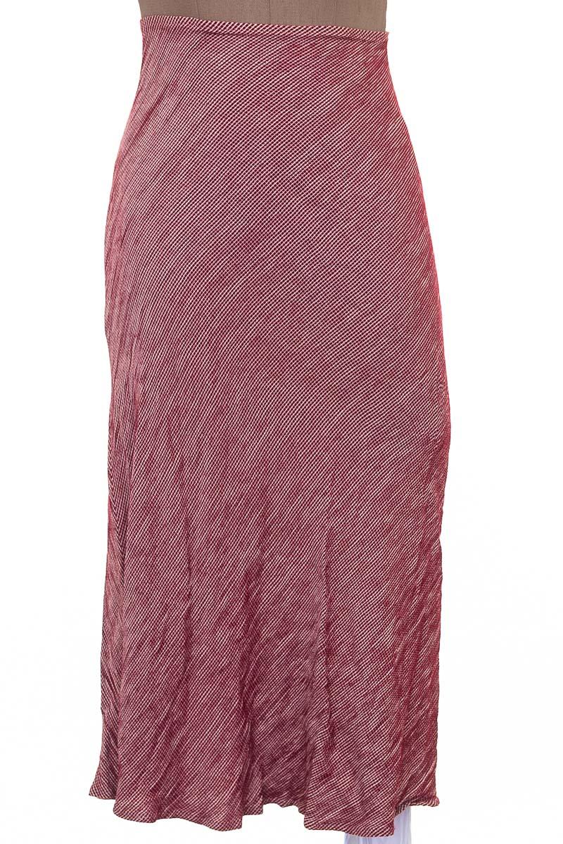 Falda Casual color Rojo - Closeando