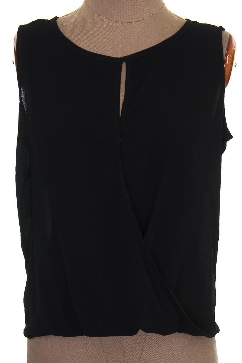 Blusa color Negro - Staff