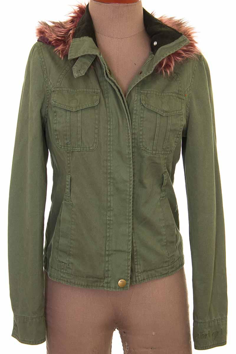 Chaqueta / Abrigo color Verde - ABRIL