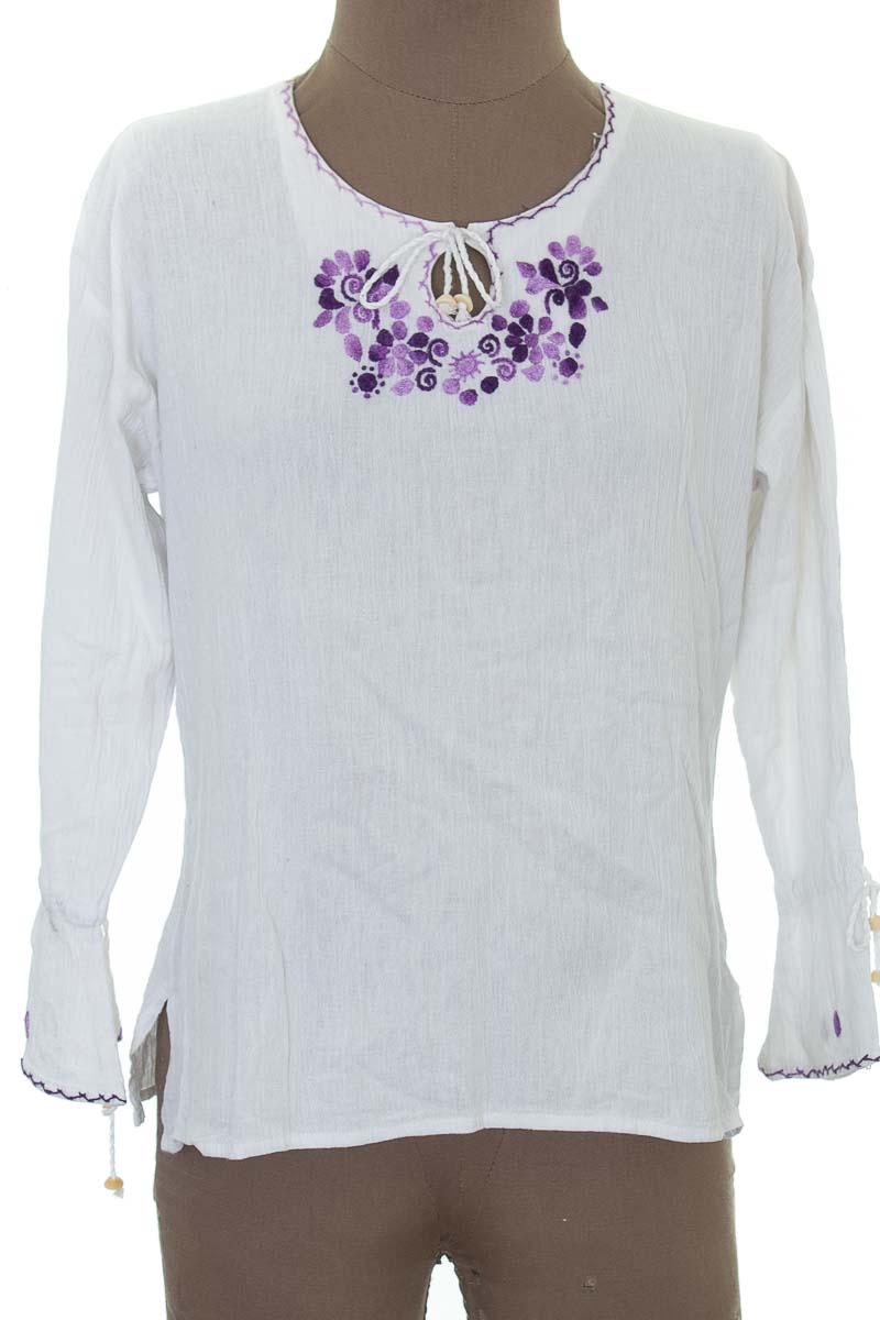 Blusa color Blanco - Closeando